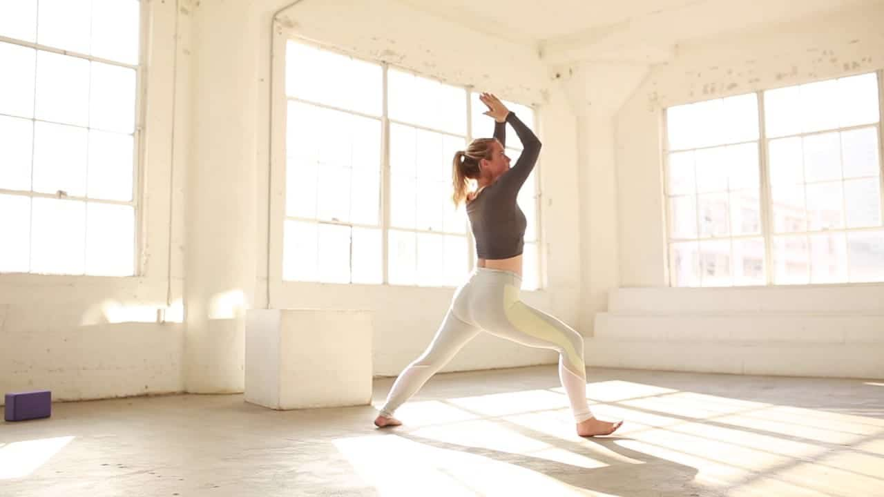 soul-on-fire-yoga-flow-1-the-balanced-blonde