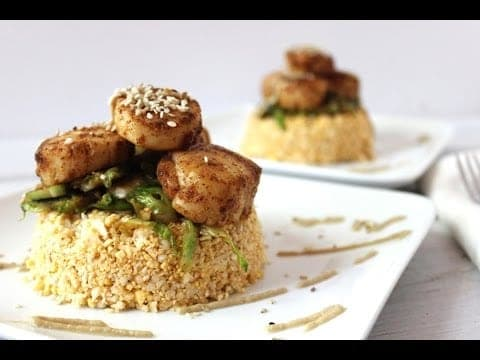 Low carb BBQ Scallops with raw cauliflower rice. Dinner for two. Gluten and grain free.