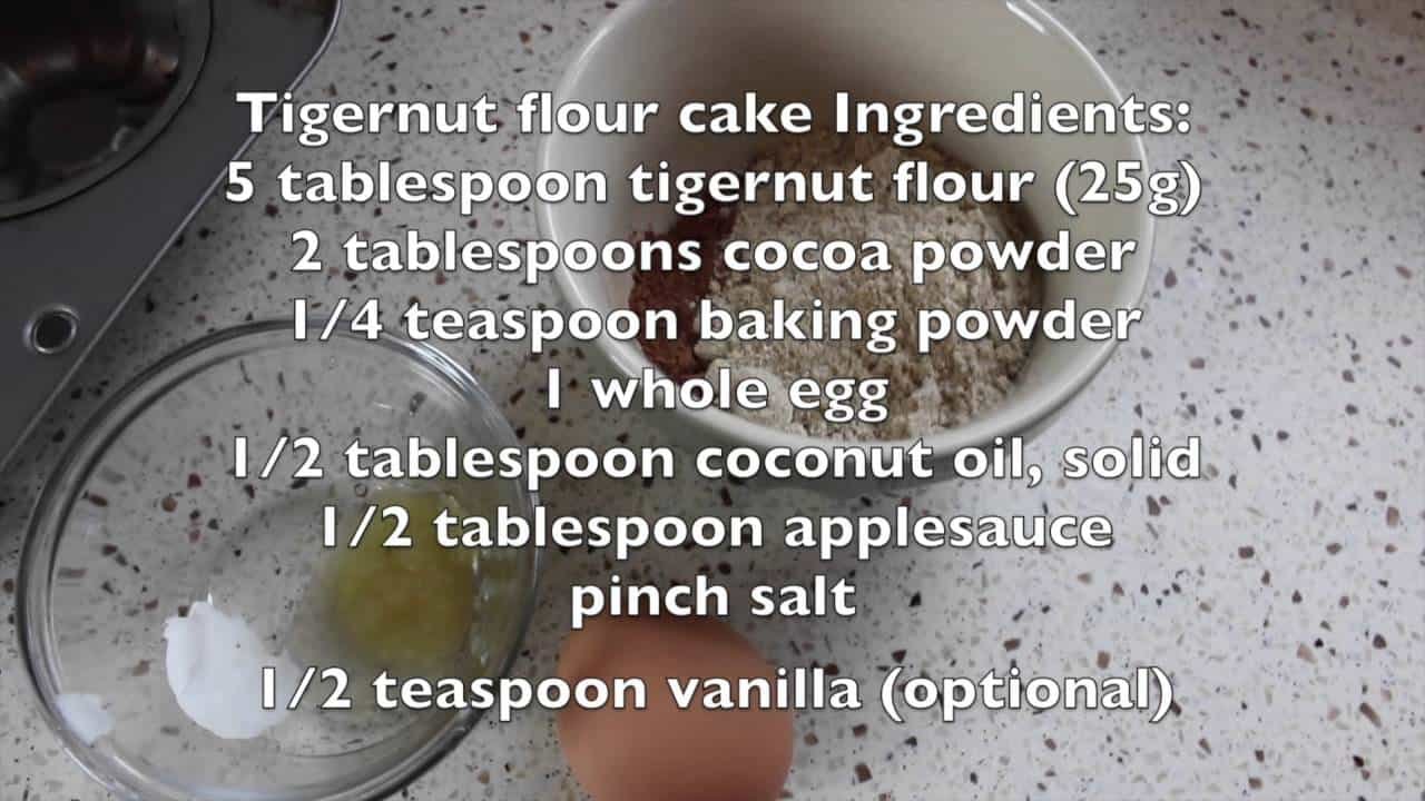 single-serving-chocolate-cakes-made-2-ways-grain-free-and-low-in-sugar